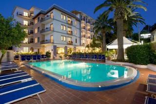 Hotel Caravel Pool