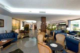 Hotel Caravel Lounge/Empfang