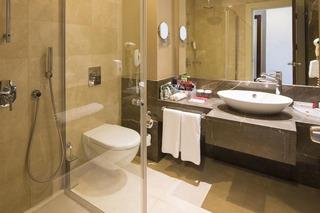 Hotel Ramada Plaza by Wyndham Antalya Badezimmer