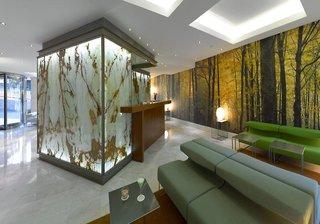 Hotel HF Fenix Garden Bar