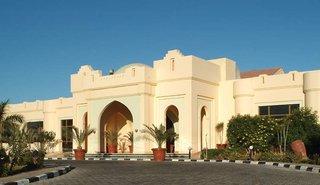 Hotel Charmillion Club Resort Außenaufnahme
