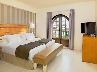 Hotel H10 Andalucia Plaza - Erwachsenenhotel Wohnbeispiel