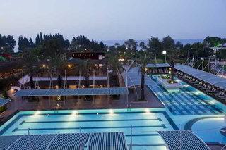 Hotel Crystal Deluxe Resort & Spa Pool