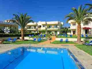 Hotel Kristalli Pool