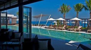 Hotel Cape Sienna Pool