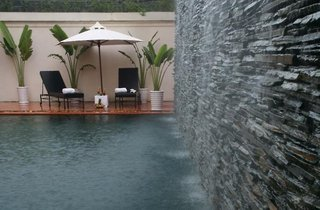 Hotel AVANI Hai Phong Harbour View Pool