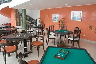 Hotel Coral Princess Golf & Dive Resort Bar