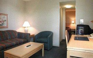Hotel Accent Inn Vancouver Airport Wohnbeispiel