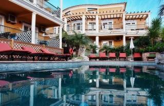 Hotel Charming Residence Dom Manuel I - Haupthaus Pool