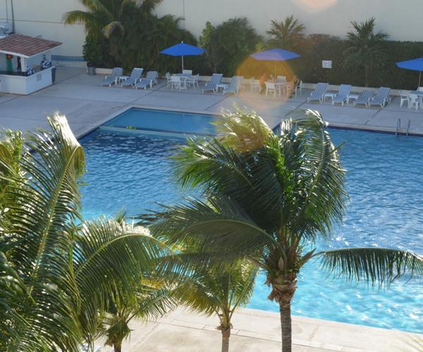 Beach Scape Kin Ha Villas & Suites