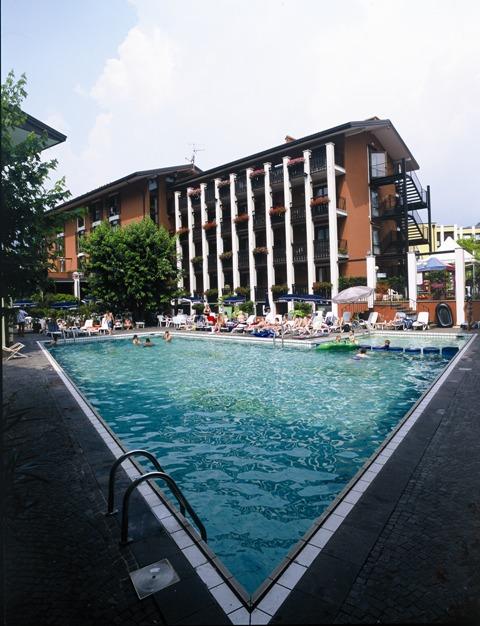 Club Hotel La Vela & Appartement