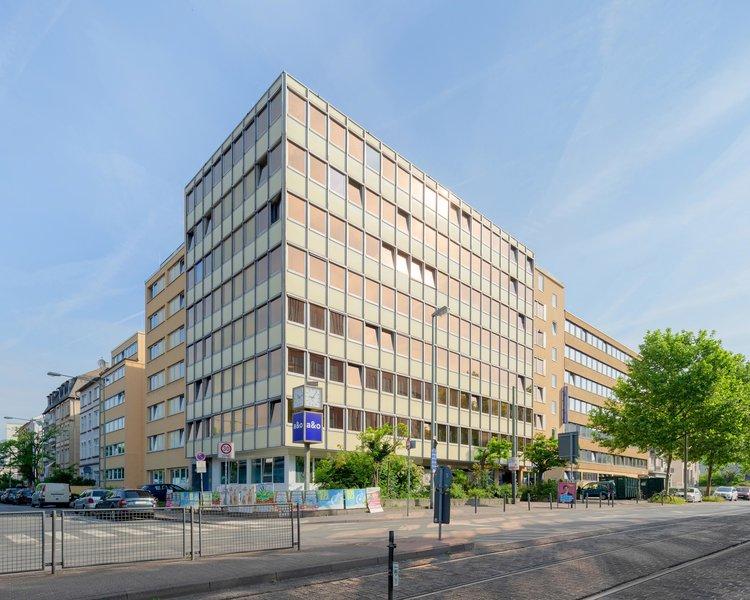 a&o Frankfurt Galluswarte Hotel & Hostel