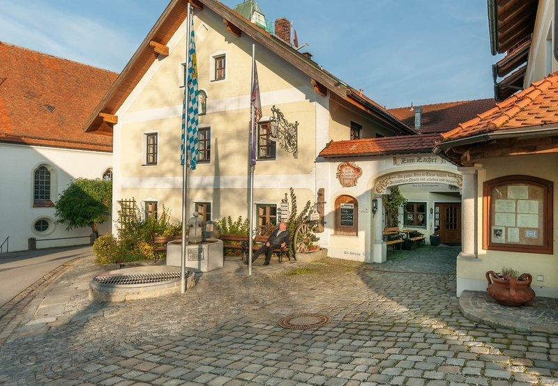 Herbstferien Familien-Tipp Bayerischer Wald im Gasthof Zum Zacher
