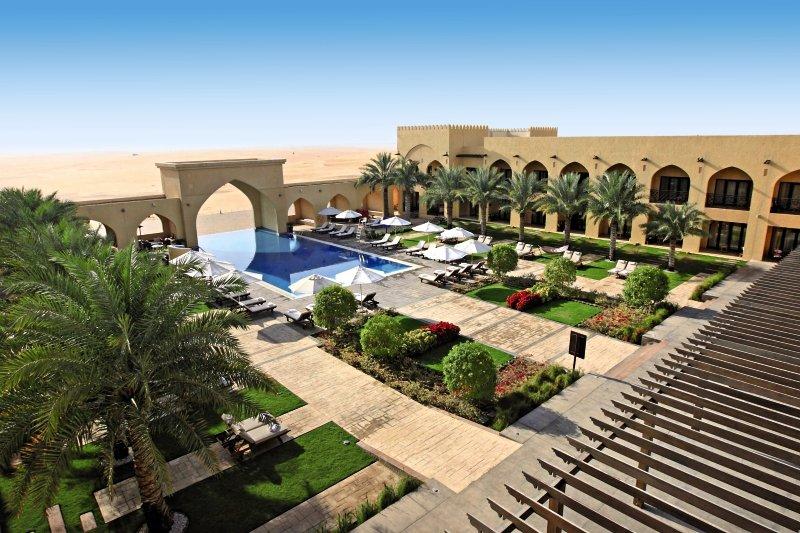 15-tägige Kombination: Hotel Hilton Al Habtoor City &Hotel Tilal Liwa & Hotel Danat Jebel Dhanna Res