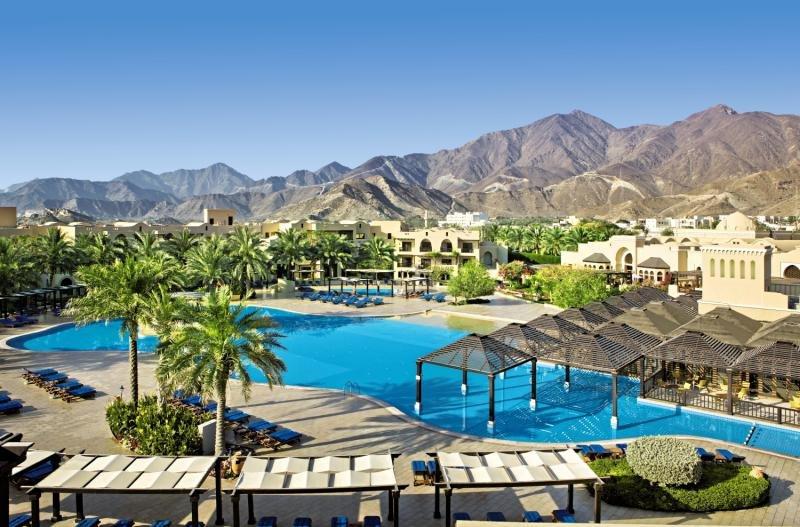 13-tägige Kombination: Hotel Canal Central B.Bay& Hotel Miramar Fujairah
