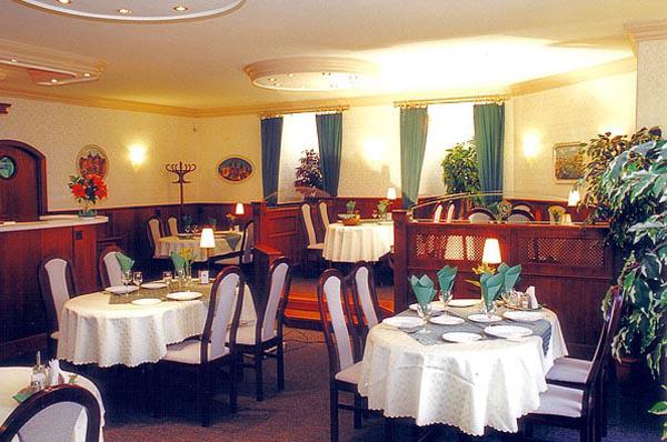 Gold Hotel Wine & Dine Hotel & Apartments Restaurant