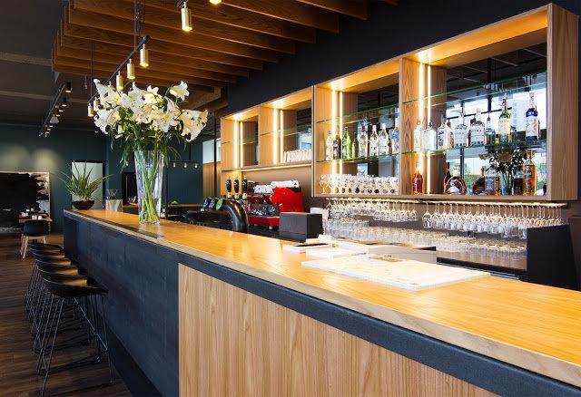 Centerhotel Midgardur Bar