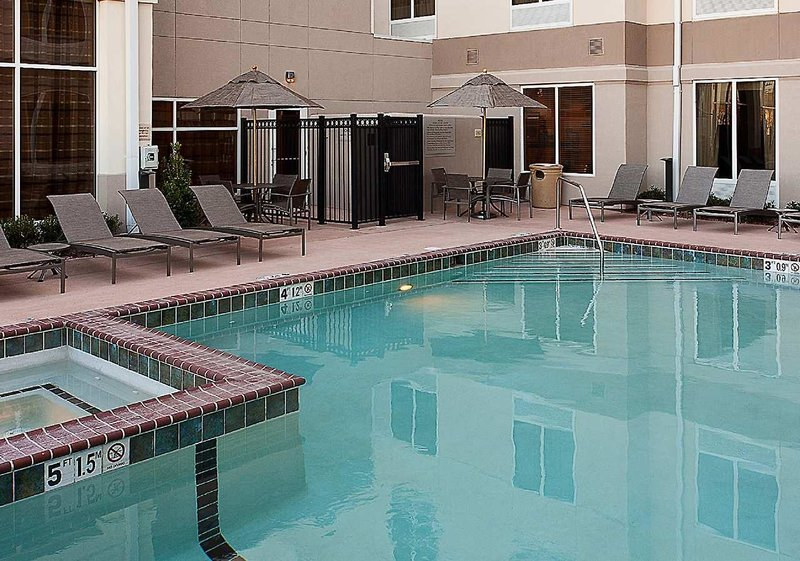Hilton Garden Inn El Paso Airport Pool