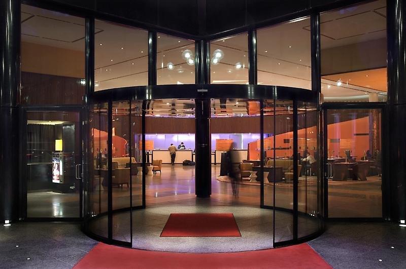 Sheraton Berlin Grand Hotel EsplanadeAuߟenaufnahme