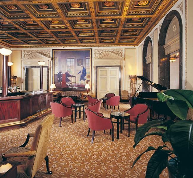 The Langham Boston Bar