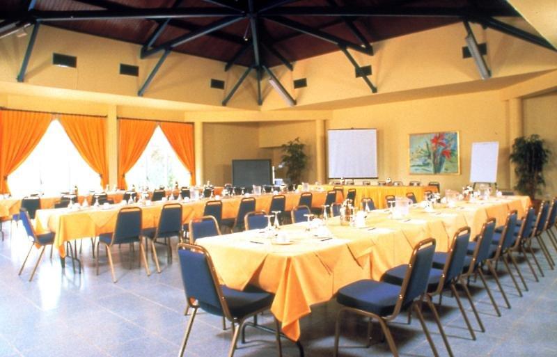 Plaza Beach Resort Bonaire Konferenzraum