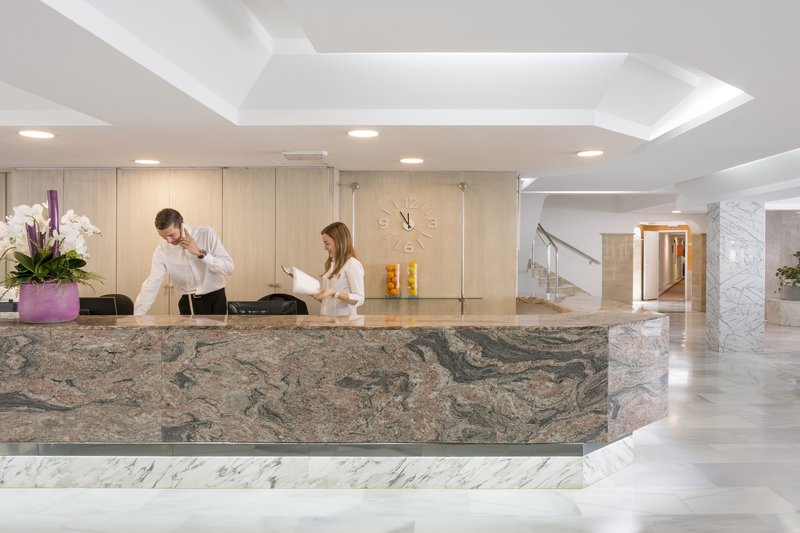 HSM S´Olivera Lounge/Empfang