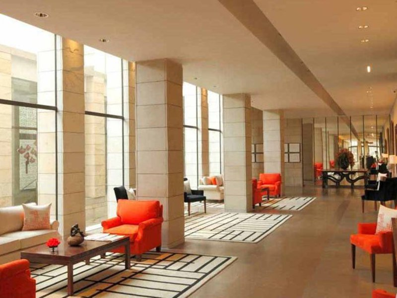 The Lodhi Lounge/Empfang