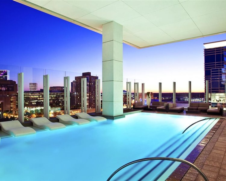 The W Atlanta Downtown Pool