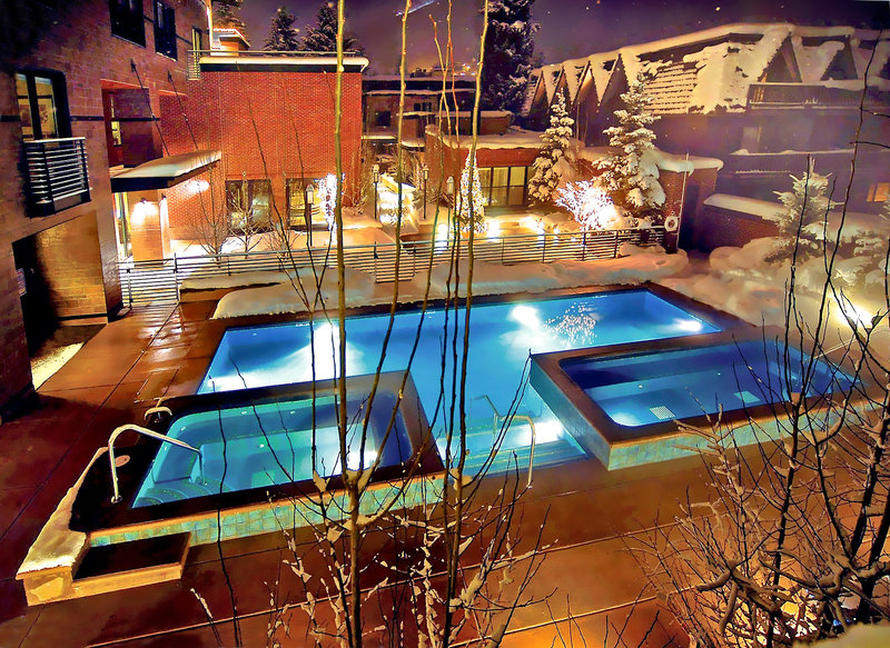 Limelight Hotel Aspen Pool