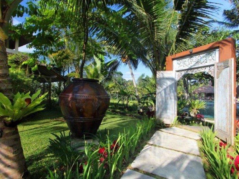 Mathis Retreat Garten