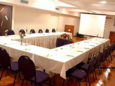 Ramee Guestline Dadar Konferenzraum