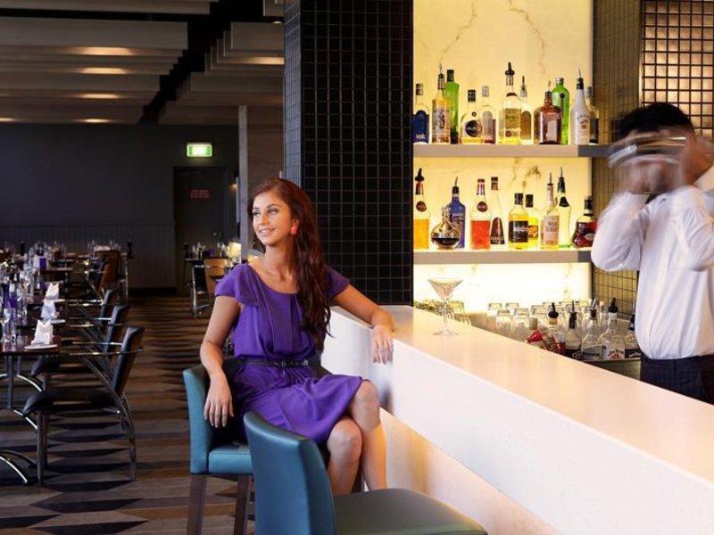 Rydges Gladstone Restaurant
