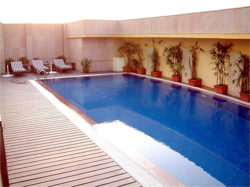 Fortune Select Global Gurgaon Pool
