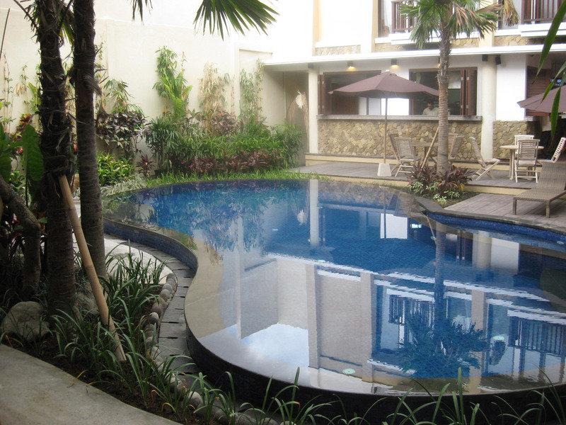 Suris Boutique Hotel Pool