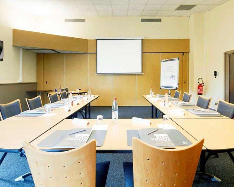 Campanile de Poitiers - Site du Futuroscope Konferenzraum