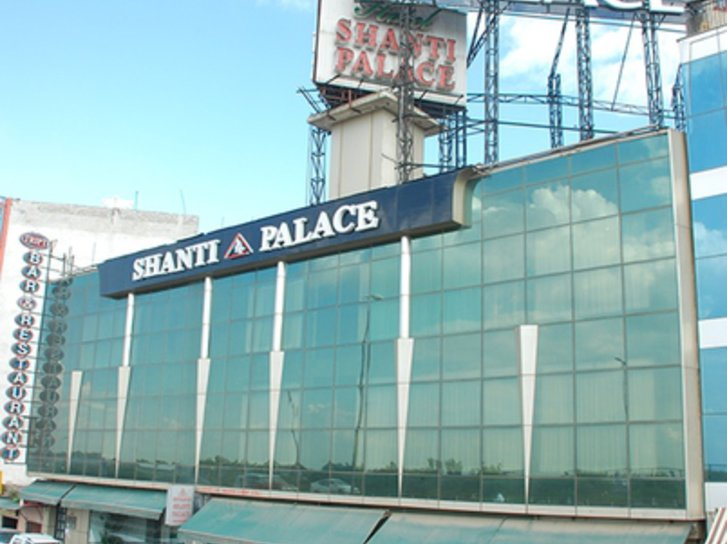 Shanti Palace Hallenbad