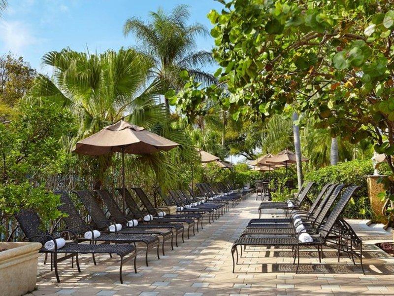 Embassy Suites Fort Lauderdale - 17th Street Pool