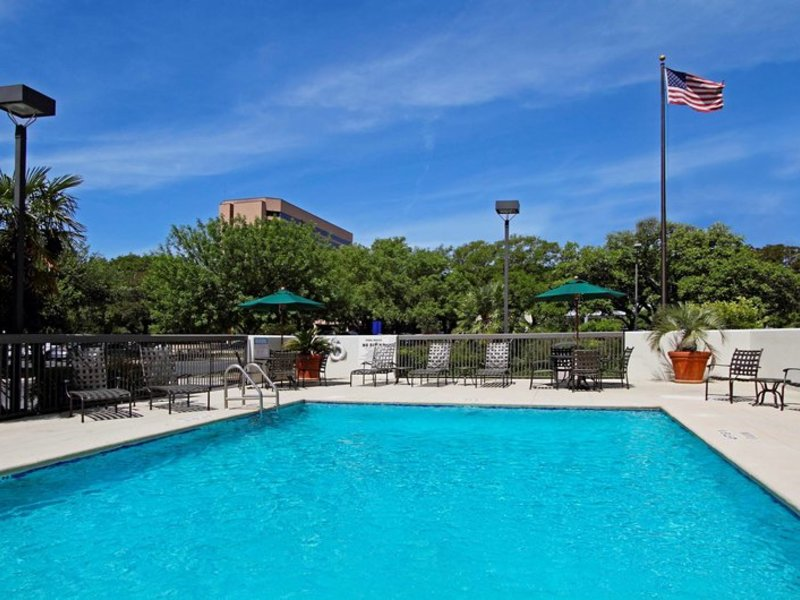Hampton Inn Austin/Airport Area South Pool