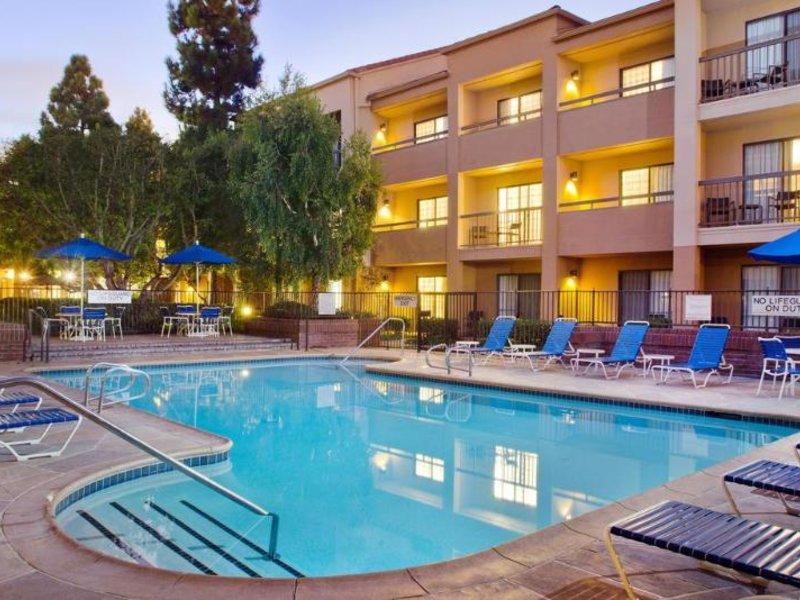 Courtyard by Marriott Los Angeles LAX El Segundo Pool
