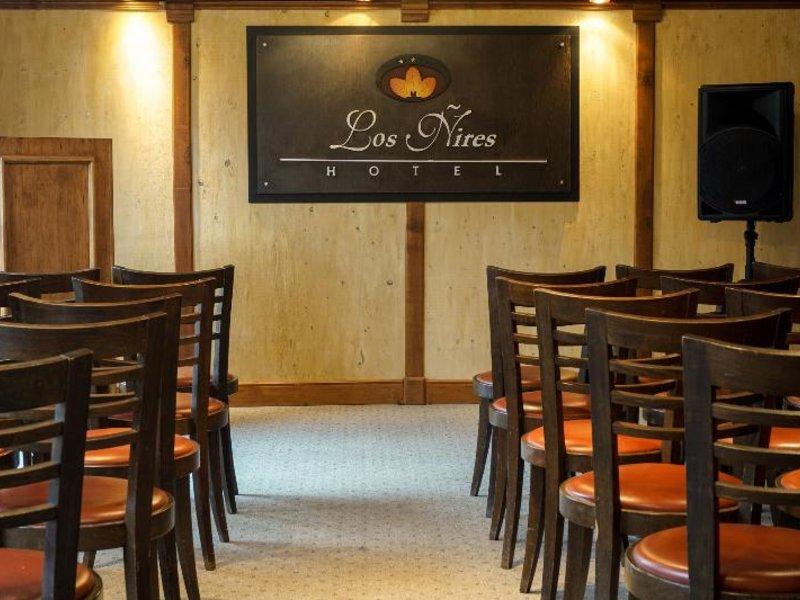 Los Nires Bar