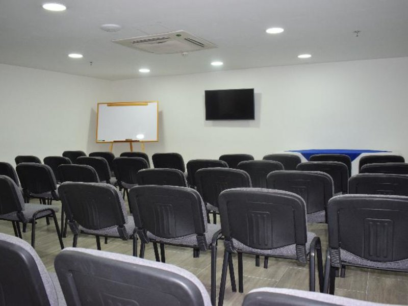 Ramada Cucuta Konferenzraum