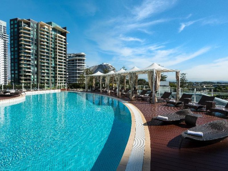 Sofitel Gold Coast Broadbeach Pool
