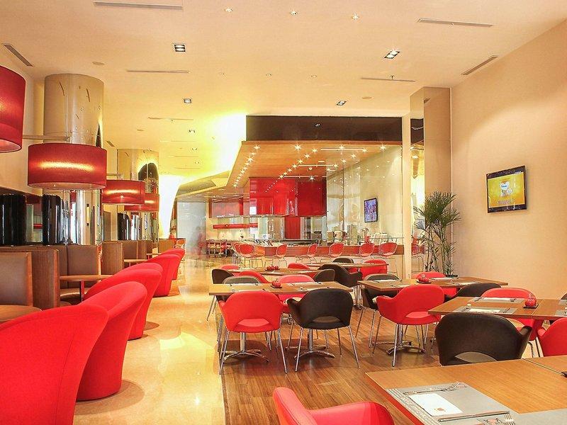ibis Bandung Trans Studio Restaurant