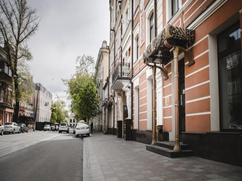 Podol Plaza Außenaufnahme