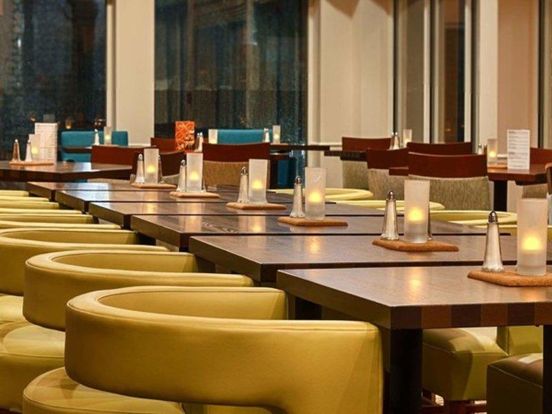 Hilton Garden Inn Houston/Galleria Area Restaurant