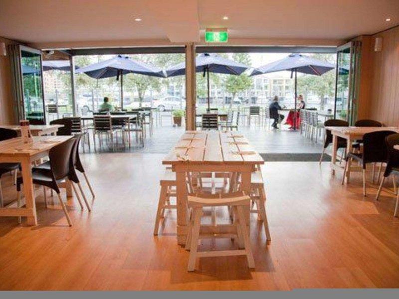Comfort Inn Haven Marina Restaurant