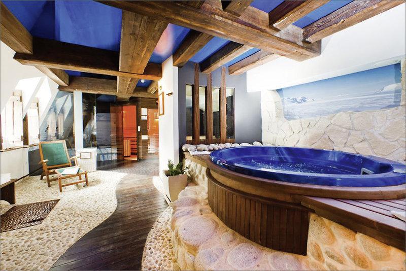Grand Hotel Rzeszow Badezimmer