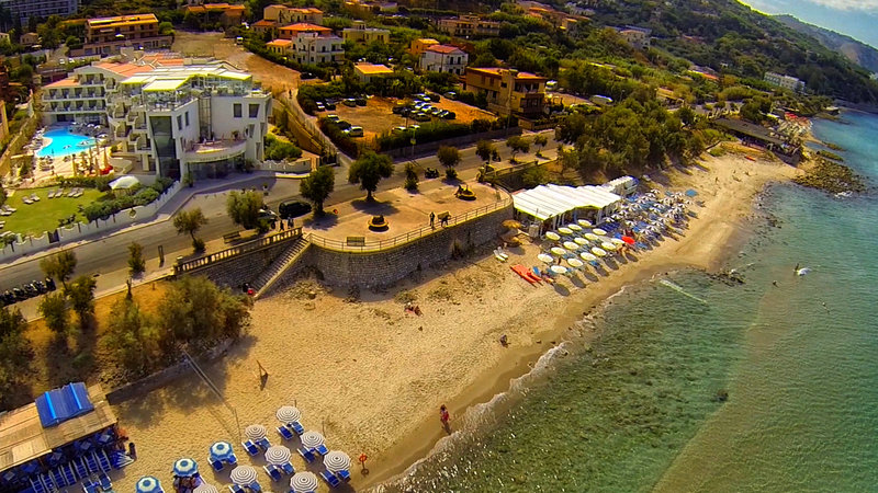 Cefalu Sea Palace Strand
