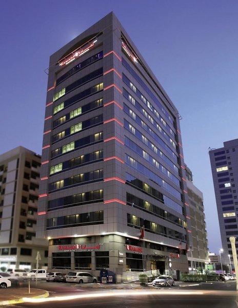 Ramada Abu Dhabi DowntownAuߟenaufnahme