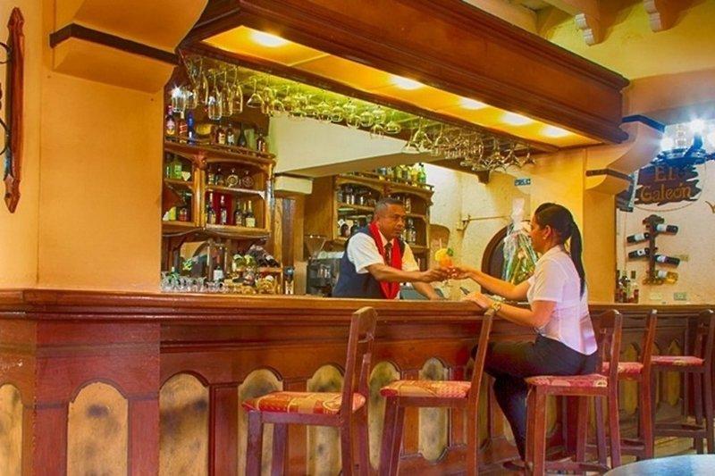 Islazul Dos Mares Bar
